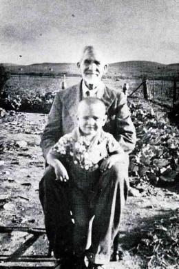 Breytenbach as a small boy with his father