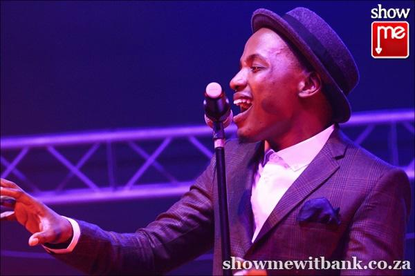 Photos the soil attracts crowds witbank news for Soil tour dates 2015